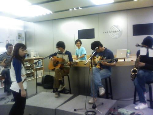 12月7日(日)福岡 @Cafe&Gallery NABE